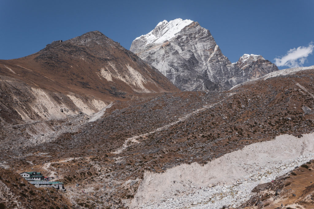 The-Himalayas-03-To-Laboche