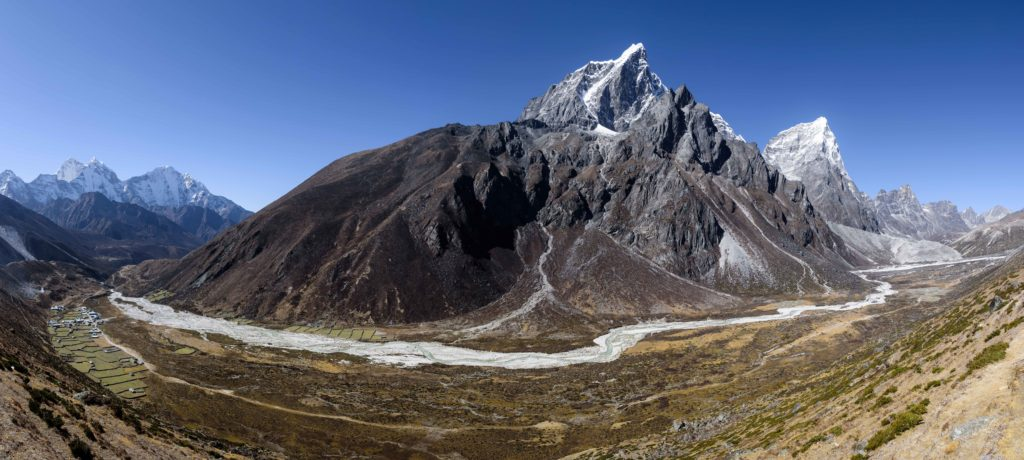The-Himalayas-03-To-Labuche_Pano