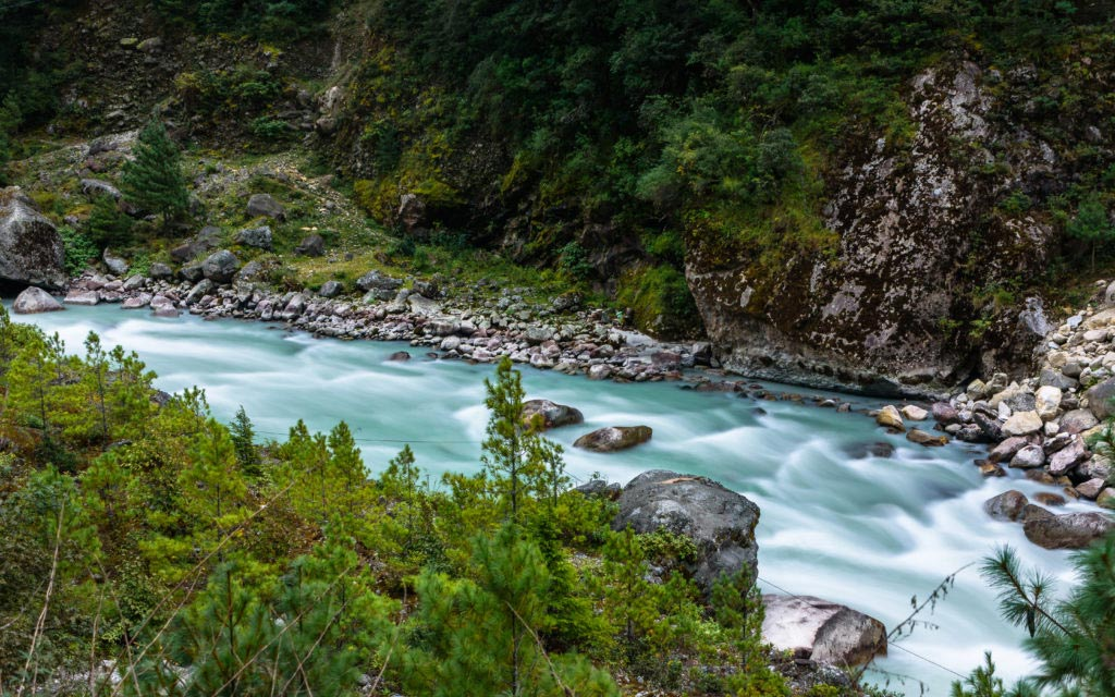 The-Himalayas-Getting-There-Dudh-Koshi-River