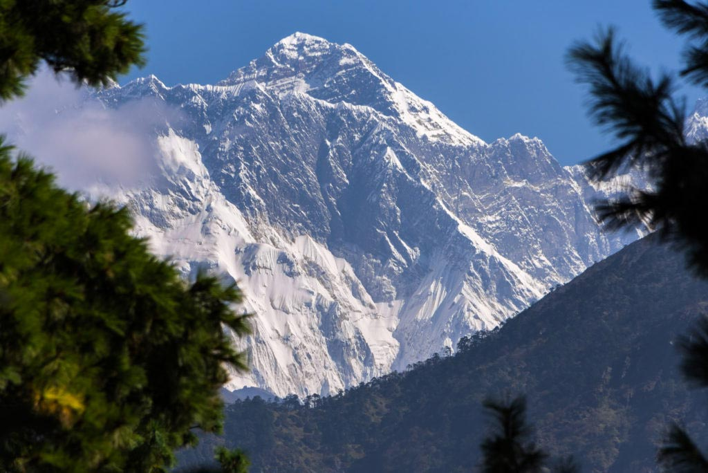 The-Himalayas-Getting-There-Everest