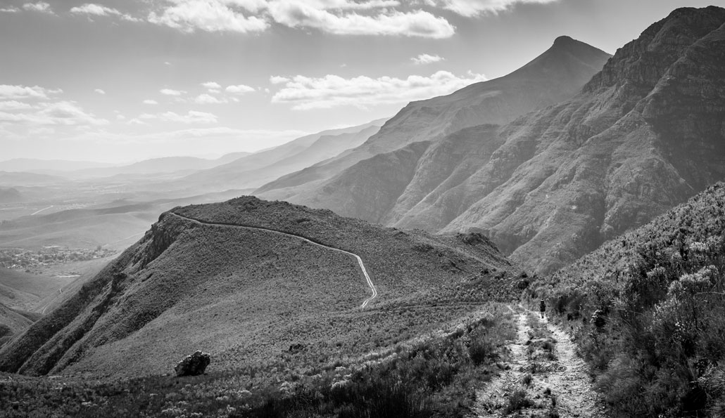 boesmanskloof-day2-end-blacknwhite