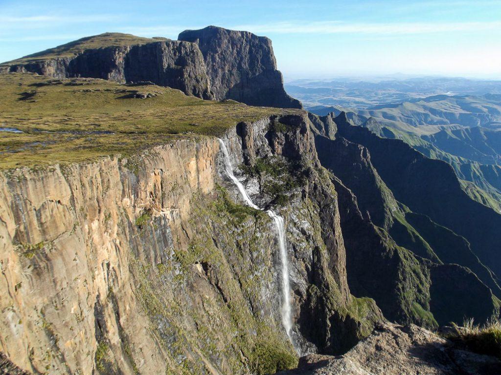 drakensberg-passes-tugela-falls