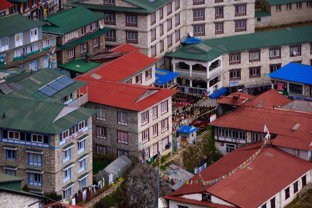 himalayas-namche-bazaar-town-centre