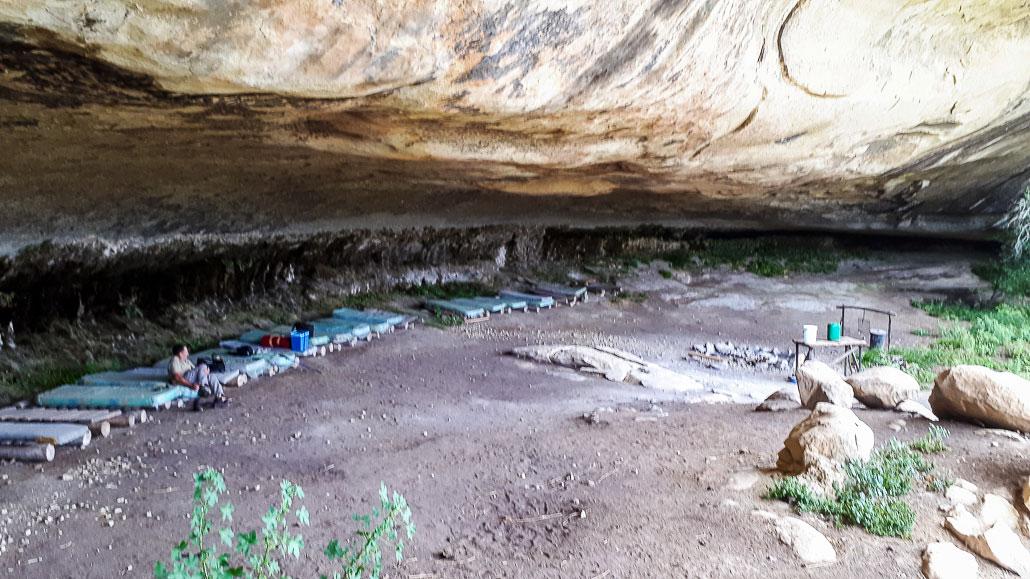 sporekrans-bushmans-cave