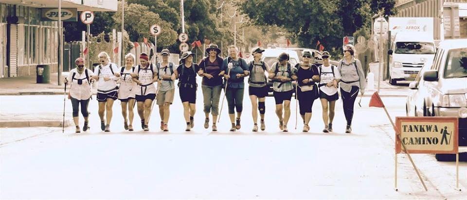 tankwa-camino-girls-in-a-row