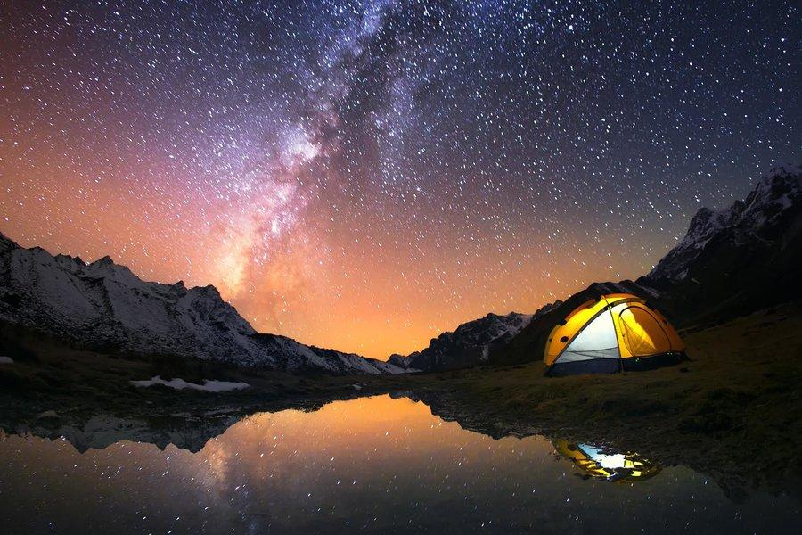 hiking-tents-5-billion-star-hotel