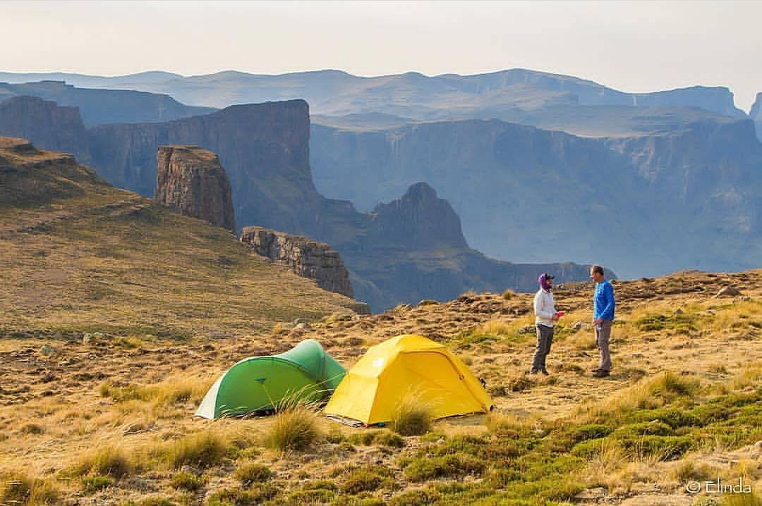 hiking-tents-spectacular-places