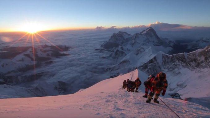 video-everest-summit-climb-3